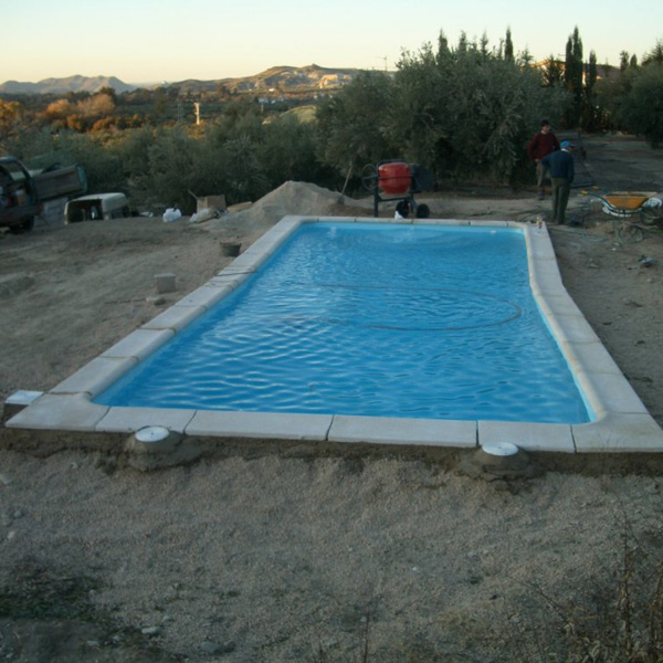 Piscina rectangular poliester